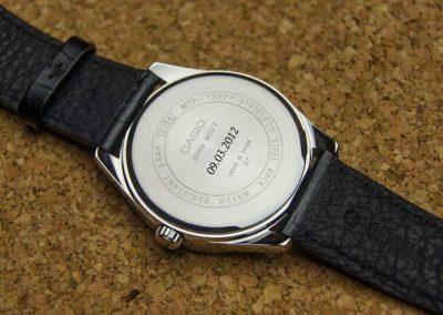 Laserowe grawerowanie zegarków w Krakowie